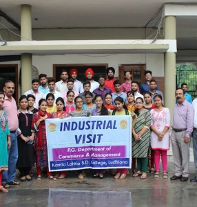 Industrial visit of P.G. Dept. of Commerce and Management to King Exports