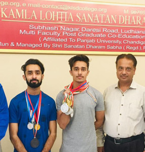 Kamla Lohtia S.D. College Students win medals in Panjab University Inter College Gymnastic Competition