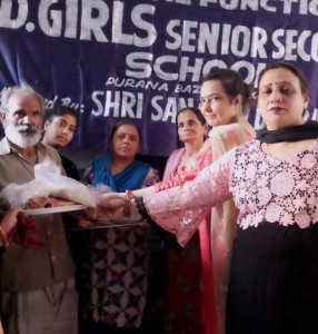 Ration distribution to needy people at S.D. Girls Senior Secondary School on the occasion of diwali